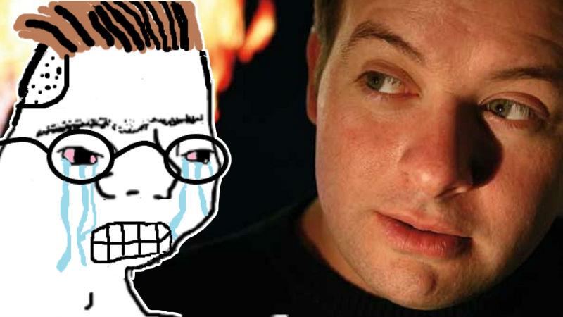 Creador de God of War David Jaffe con meme llorando